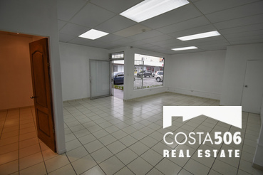 Local Comercial de 52m2 en Curridabat